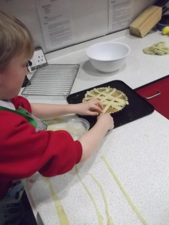 Creating the pastry lattice